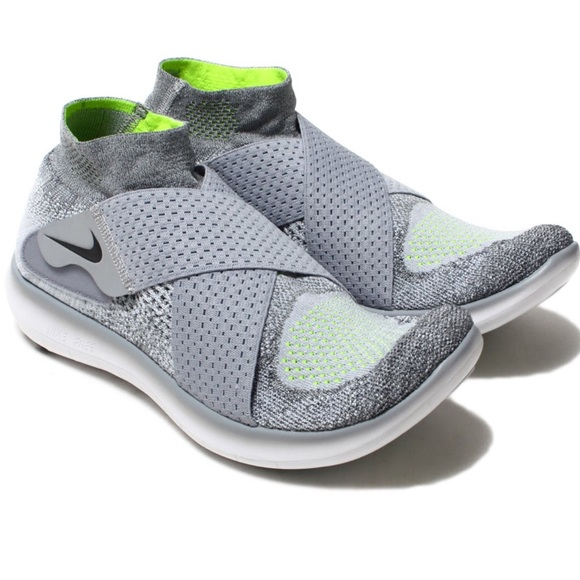 separation shoes 0bcd0 8dc6f Women's Nike Free RN Motion Flyknit 2017 Sneakers NWT